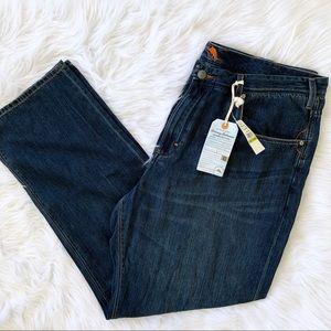 Tommy Bahama Coastel Ease Jeans 44 X 32 NWT